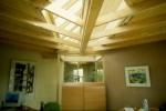 Kantoor met daglicht leemstuc wandverwarming van Sebunga
